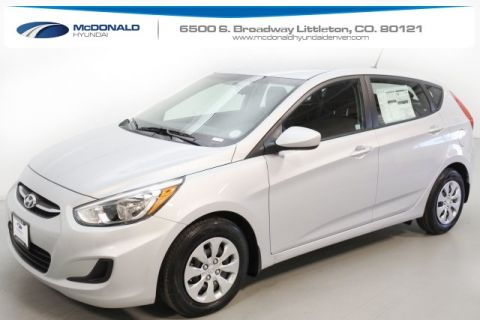 New 2017 Hyundai Accent SE FWD 4D Hatchback