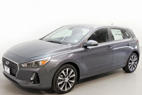 New 2019 Hyundai Elantra GT Base